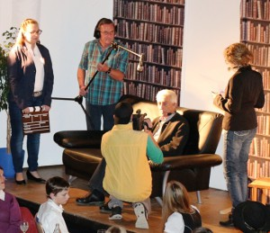 """""""Der Hauptgewinn"""" mit (von links) Franziska Ebnet, Gerhard Oswald, Christian Mayr, Otto Kramer und Ramona Heider"""